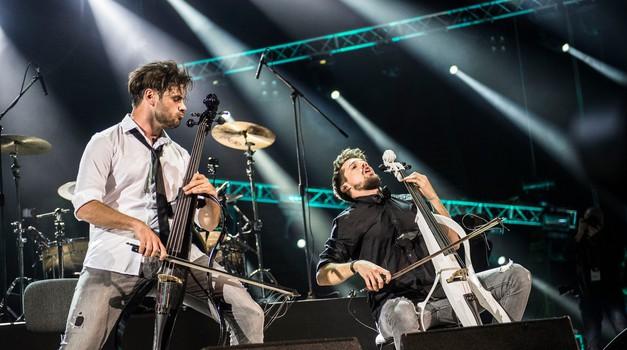 V Slovenijo prihaja svetovna glasbena senzacija 2CELLOS (foto: Profimedia)