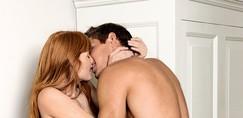 Privoščita si najbolj vroč poletni seks (navodila priložena)