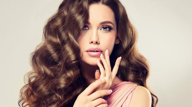 Bi rada imela najlepše lase in nohte na svetu? Imamo rešitev! (foto: shutterstock)