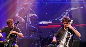 Svetovna glasbena senzacija 2Cellos podira rekorde: Prihajajoči aprilski koncert v Stožicah razprodan!