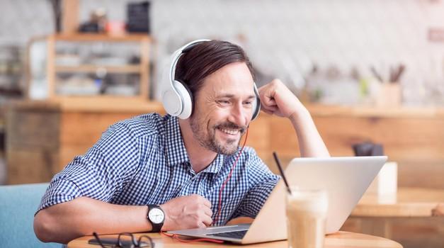 Razgovor prek Skypa: Osvoji točno te sposobnosti, s katerimi boš očarala bodočega delodajalca (foto: Profimedia)