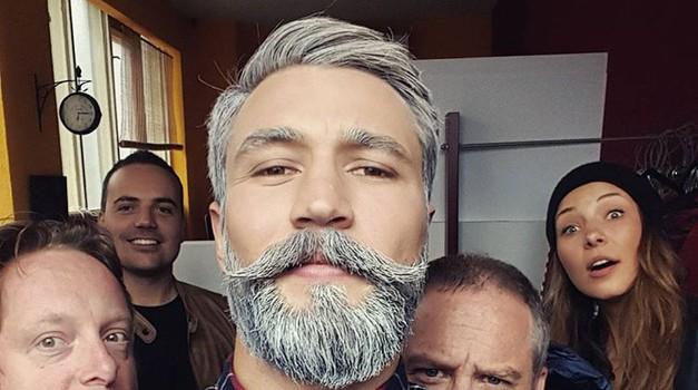 Movember 2016: Zakaj si moški novembra puščajo brke? (foto: PrtSc Pictaram @filipflisar)