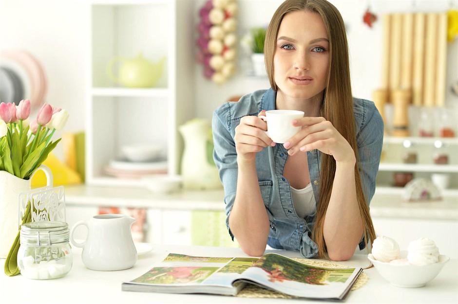 V času menstruacije poskrbi, da uporabljaš izdelke iz TEGA materiala! (foto: Profimedia)