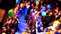 VIDEO: Ples, spoznavanje in iskrenje na Največjem Zmenku na Slepo v S-LOVE-niji 8