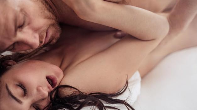 THE položaji, v katerih 100x lažje dosežeš orgazem
