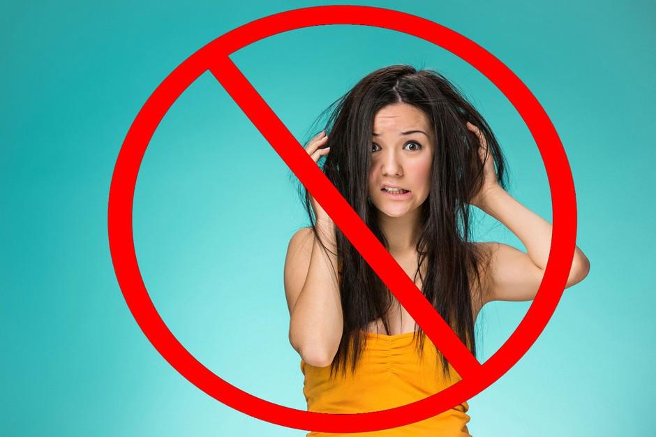 Pričeska: 10 sijajnih trikov, kako se vsako jutro zbuditi z urejenimi lasmi (foto: Profimedia)