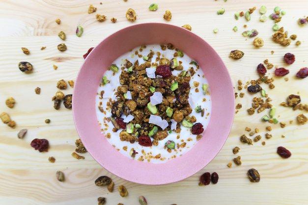 Slastni recepti: 5 noro okusnih smuti skled (moraš jih poskusiti) (foto: Organic Garden)