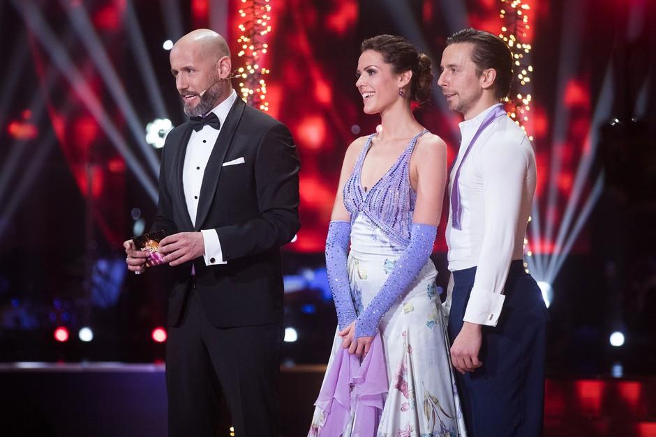 Zvezde plešejo: Nuša Lesar presenečena nad strogostjo žirije (foto: Miro Majcen/POP TV)