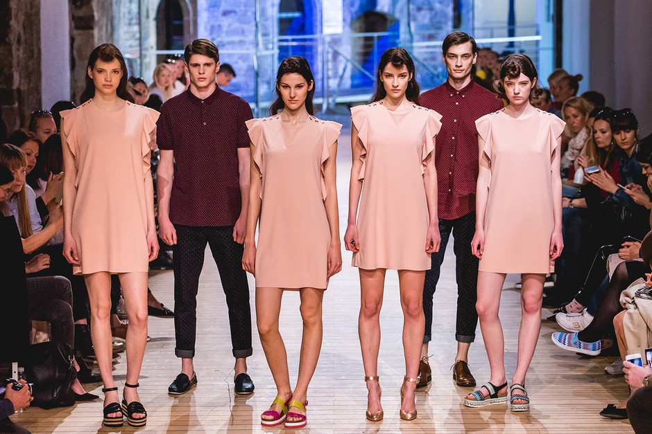 Modeli so se po pisti sprehodili v top trendih iz Massa (foto: Mass)