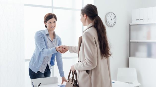 Teh oblačil na tvojem mestu ne bi oblekla na razgovor za službo (foto: Profimedia)
