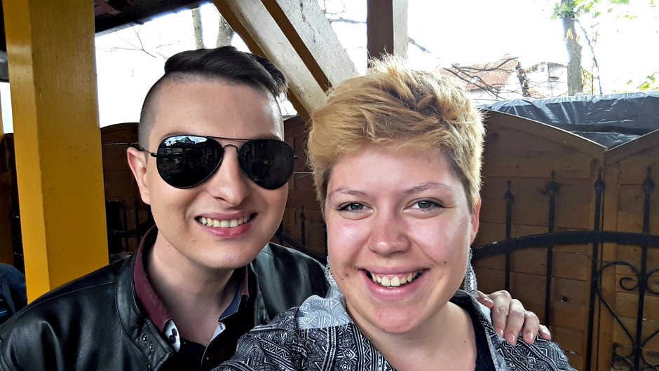 Prva novinarska izkušnja: Na kosilu z Damjanom Murkom v ljudski kuhinji Pod strehco