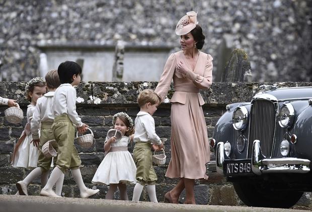 FOTO: Pravljični utrinki s poroke Pippe Middleton