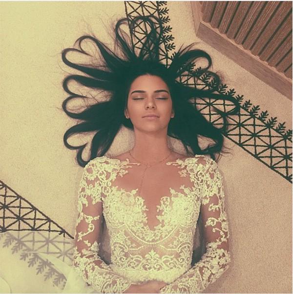 11 načinov, s katerimi si vse punce (brez izjeme!) uničujemo lase (foto: instagram.com/kendalljenner)