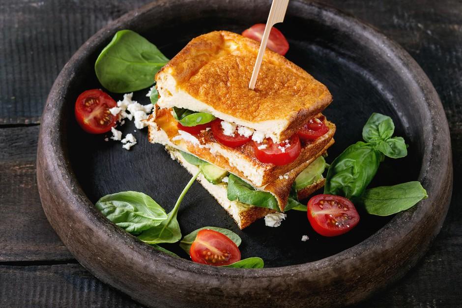"""Kruh """"cloud bread"""" obnorel fit navdušence po svetu (recept) (foto: Profimedia)"""