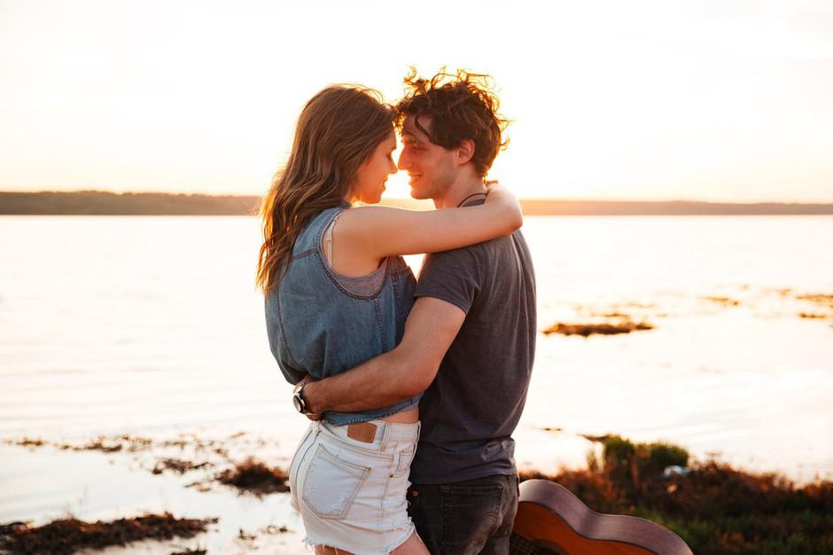 6 znakov, da si spoznala pravo osebo ob napačnem času (foto: Profimedia)