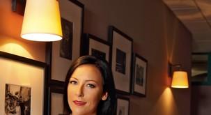 Voditeljica Maja Sodja je noseča! Srečo v ljubezni našla s fotografom