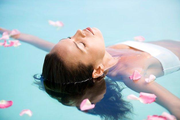 5 trikov za zapeljivo kožo v poletnih mesecih (foto: Profimedia)