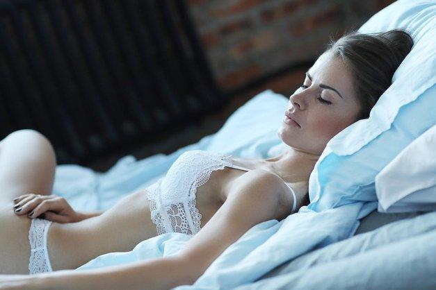 Kaj pomeni, če si sanjala o bivšem fantu? (foto: Profimedia)
