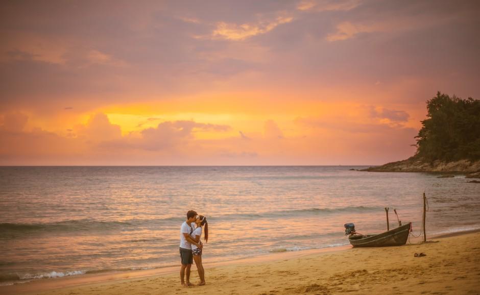 To so razlogi, zakaj je poletje še vedno najbolj romantičen letni čas (foto: Unsplash/Jeremy Wong)