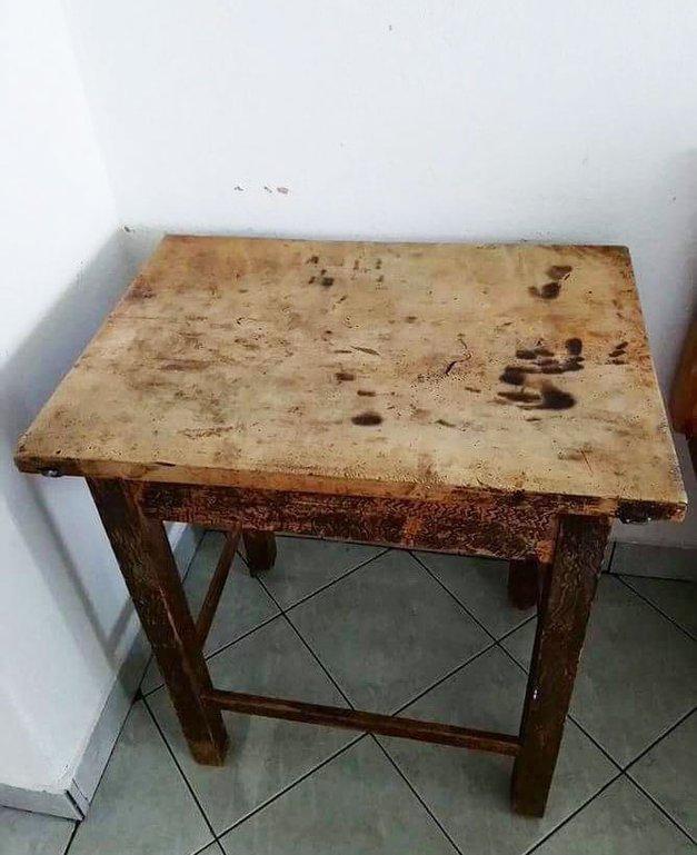 Obiskali smo 'čudežno mizo', ki se dviga in odgovarja na vprašanja (izkušnja naše novinarke) (foto: Osebni arhiv)