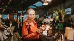 Znane Slovenke in blogerke prve v živo spoznale novo kolekcijo ličilClaudia Schiffer Make Up