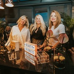 Znane Slovenke in blogerke prve v živo spoznale novo kolekcijo ličilClaudia Schiffer Make Up (foto: Ana Gregorič)