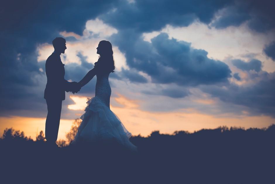 """""""Kako sem se zaljubil vate"""" (resnični zapis razkriva, kako se zaljubljajo moški) (foto: Unsplash/Anne Edgar)"""