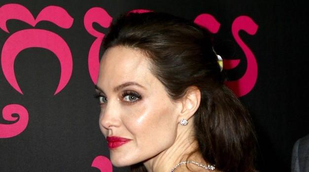 Angelina Jolie razkrila, KAJ po ločitvi od Brada Pitta najbolj sovraži