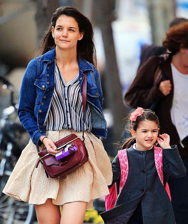 Preveri, kaj Katie Holmes za letošnji halloween pripravlja hčerki Suri! (foto: Profimedia)