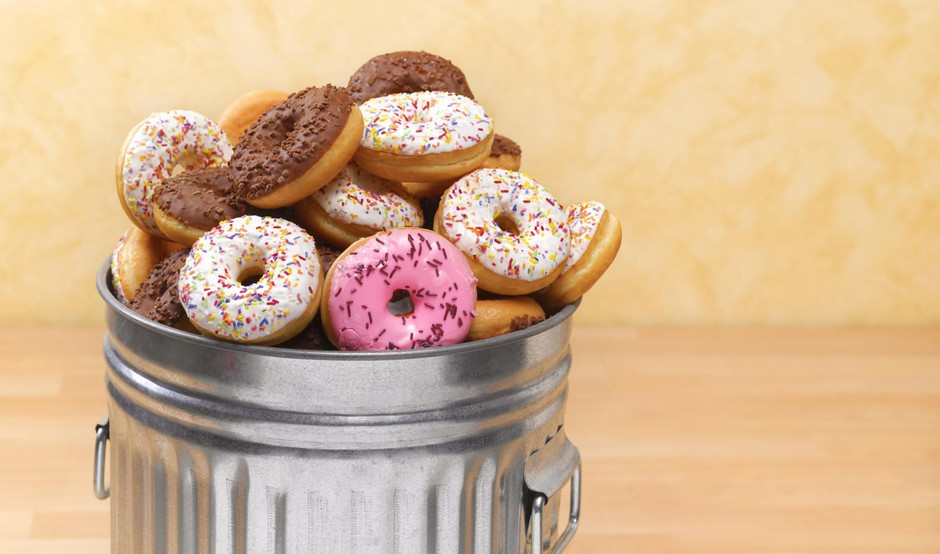 Doughnuts in bin (foto: Peter Dazeley Getty Images)
