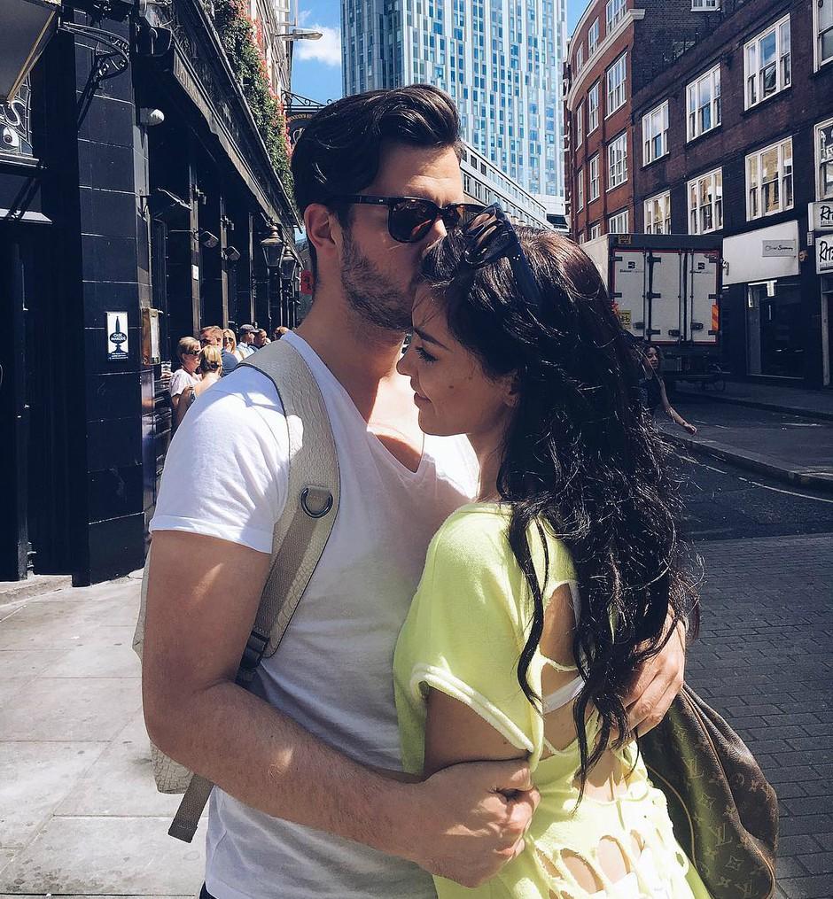 VIDEO: Tako fantastično sta 1. obletnico zaroke obeležila Sanja Grohar in njen Matej (foto: Instagram.com/@theycallmebambam)