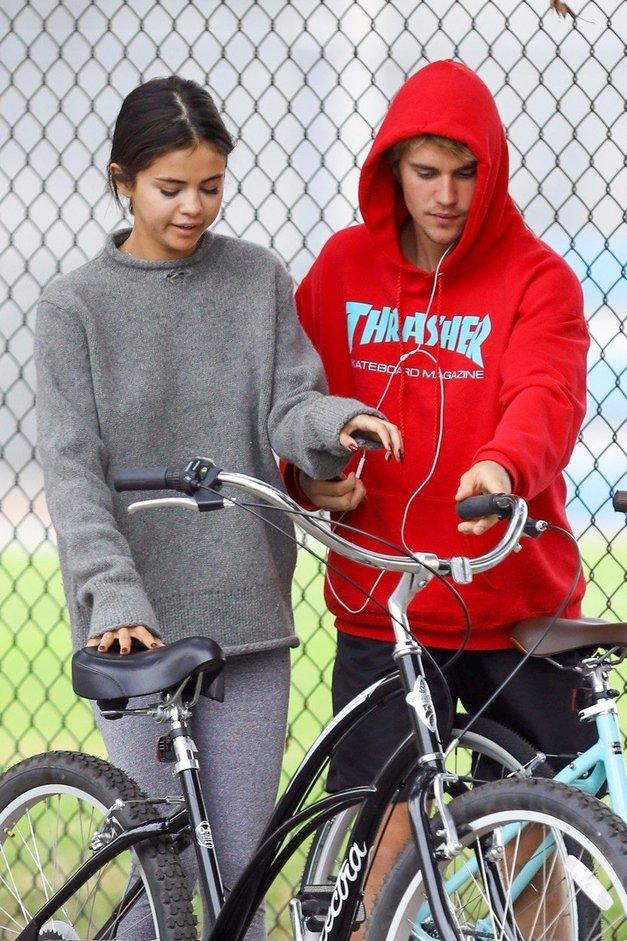 Justin in Selena: Če imaš dvome, kaj se dogaja, moraš prebrati tole! (foto: Profimedia)