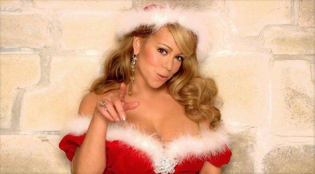 Si tudi ti nora na božične pesmi in okraske? Potem, moraš nujno vedeti tole! (foto: Profimedia)