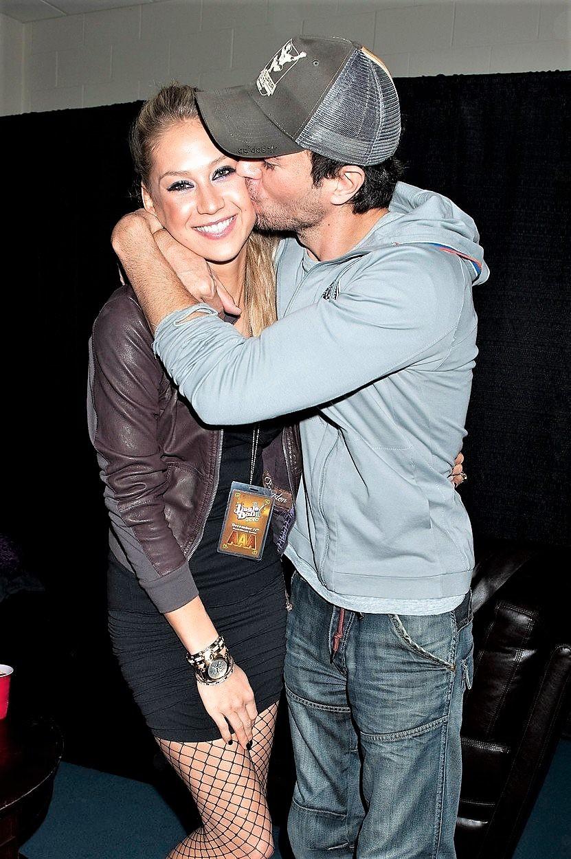 Enrique Iglesias in Anna Kournikova sta se razveselila dvojčkov!? (foto: Profimedia)