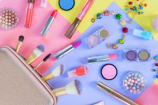 Beauty Awards 2017: To so izbrane kategorije izdelkov, med katerimi izberi svoje favorite! (foto: Profimedia)