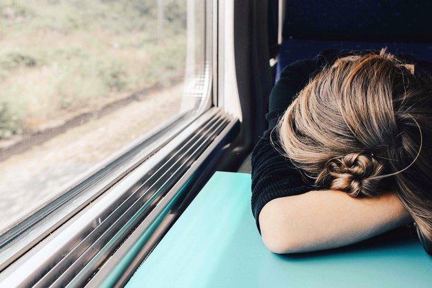 Ženske nismo sitne, samo SITE smo vsega! (iskren zapis 30-letne Slovenke) (foto: Unsplash.com/Abbie Barnet)