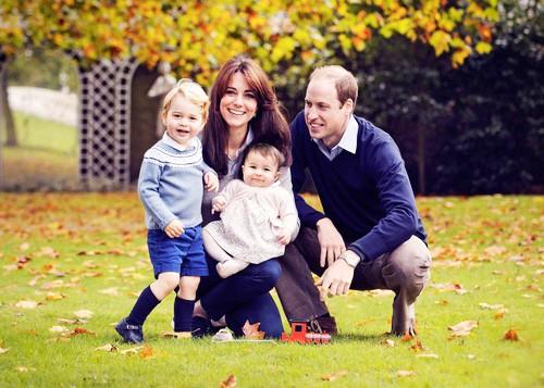 OMG! Znanstveniki razkrili, kako bo izgledal princ George, ko odraste (vroče!) (foto: Profimedia)