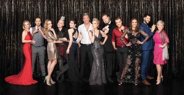 Spomladi na POP TV prihaja druga sezona največjega televizijskega plesnega spektakla Zvezde plešejo. Danes razkrivamo vse zvezde, ki se bodo …