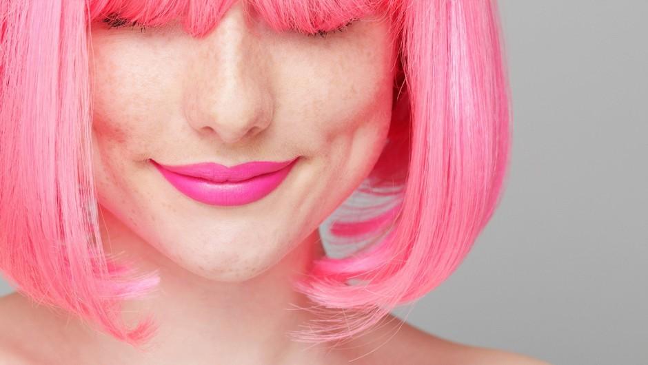 Rožnati lasje so preteklost! Si upaš preizkusiti novo barvo leta 2018? (foto: Profimedia)