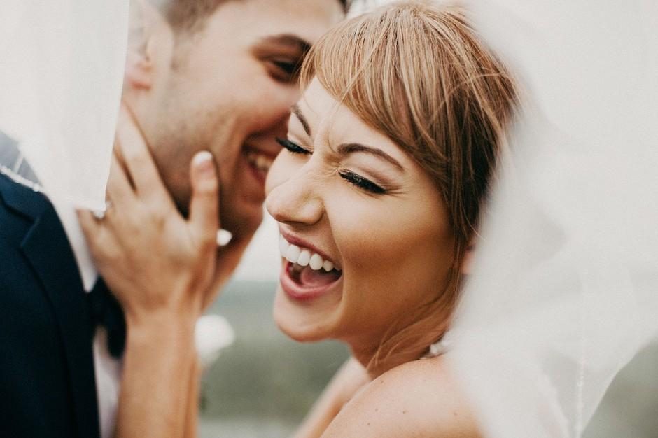 Ali ti zakon privlačnosti res lahko pomaga spoznati sorodno dušo? (foto: Profimedia)