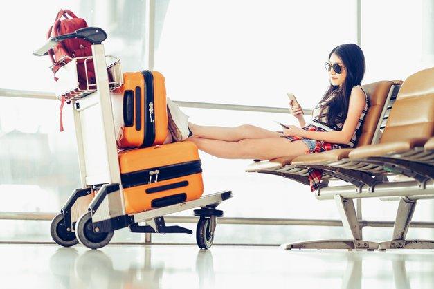 5 TOP ženskih aplikacij, ki ti bodo prišle prav kadar potuješ (foto: shutterstock)