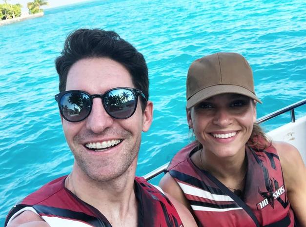 FOTO: Trener Jan in njegovo dekle Nives Orešnik na sanjskih počitnicah na Maldivih (foto: Instagram Nives Orešnik)