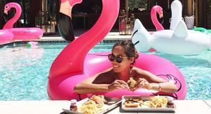 Pozabi navadne napihljive flamingo blazine, zdaj je tu nov PLAŽNI HIT leta 2018!