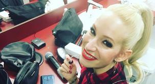VIDEO: Pevka Alya na 1. pomladni dan predstavlja novo pesem Dobro jutro življenje – Poslušaj jo!