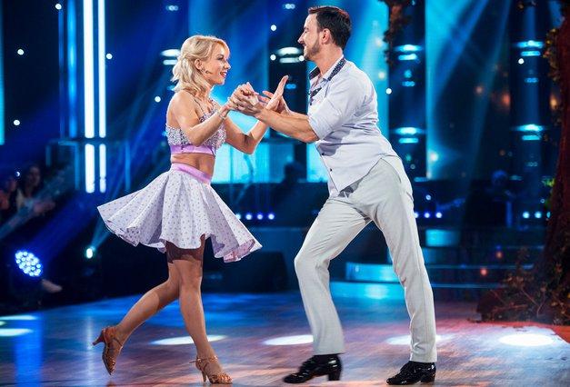 """Natalija (Zvezde plešejo): """"Miha je čudovit človek, topel, senzibilen, ... pa tudi temperamenten in strasten"""" (foto: POP TV)"""