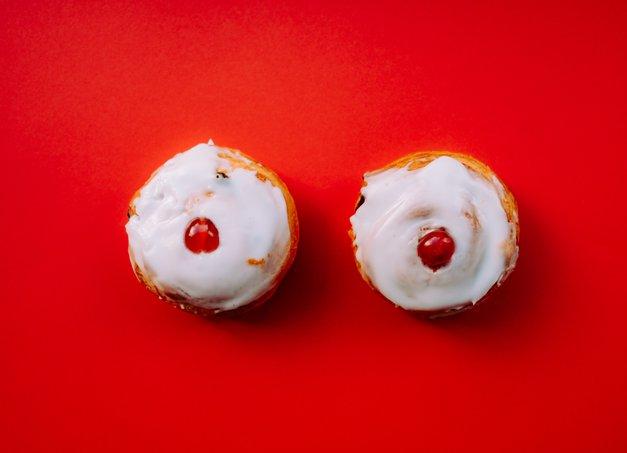 TO je razlog, zakaj te srbijo prsi in bradavice! (foto: Unsplash.com / Annie Spratt)