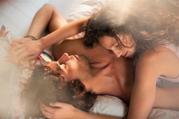 Zakaj bi morali med seksom imeti prižgane luči? ZATO! (foto: Profimedia)