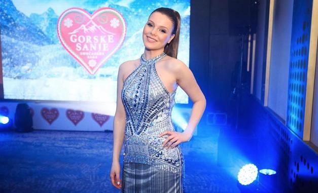 Spoznaj fanta, ki je osvojil srce prelepe igralke Vesne Ponorac (Gorske sanje) (foto: Instagram.com/@VesnaPonorac)