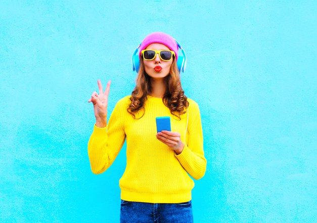 To so uspešne punce, ki so osvojile Youtube, med njimi je tudi Slovenka! (foto: shutterstock)