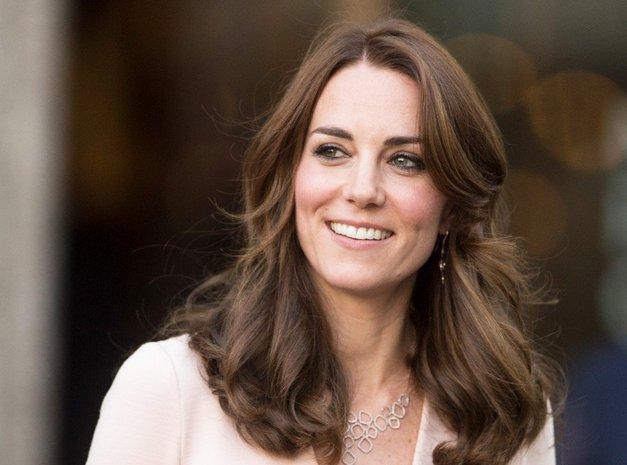 Našli smo Zarino obleko, ki jo je Kate Middleton nosila ta teden (foto: Profimedia)